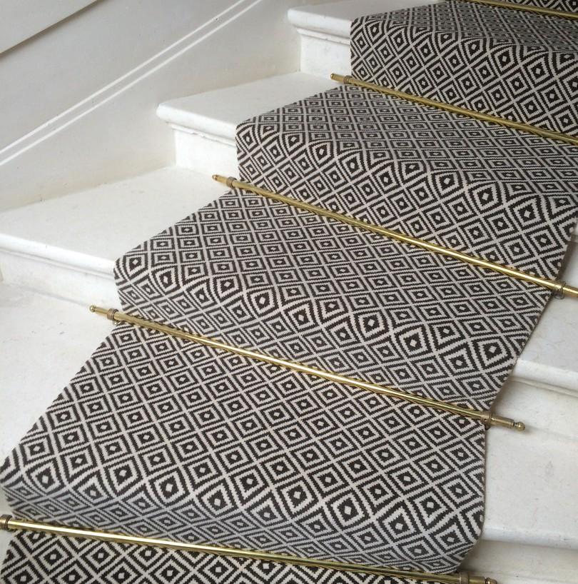 moquette escalier frais au moquette escalier moquettes. Black Bedroom Furniture Sets. Home Design Ideas
